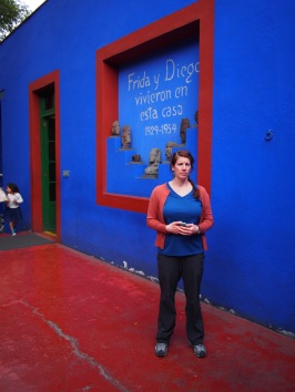 Jenny trying out a Frida impression at Casa Azul